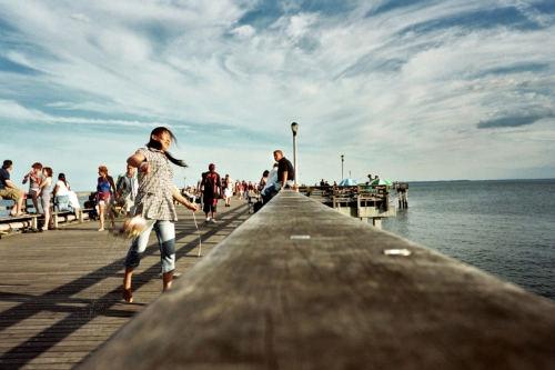 Lara Wechsler crab throw water jump clouds blue